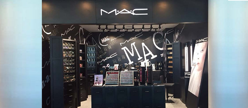 10% off on regular-priced items with a minimum purchase of P5,000 - MAC
